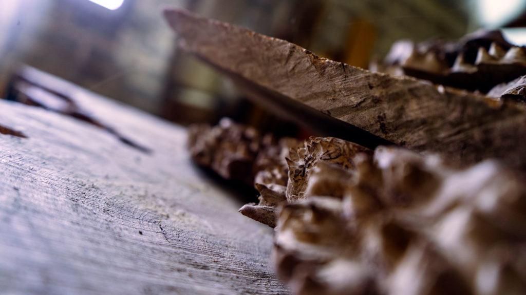 ABT menuiserie : tables en résine et bois sur mesure à Bordeaux